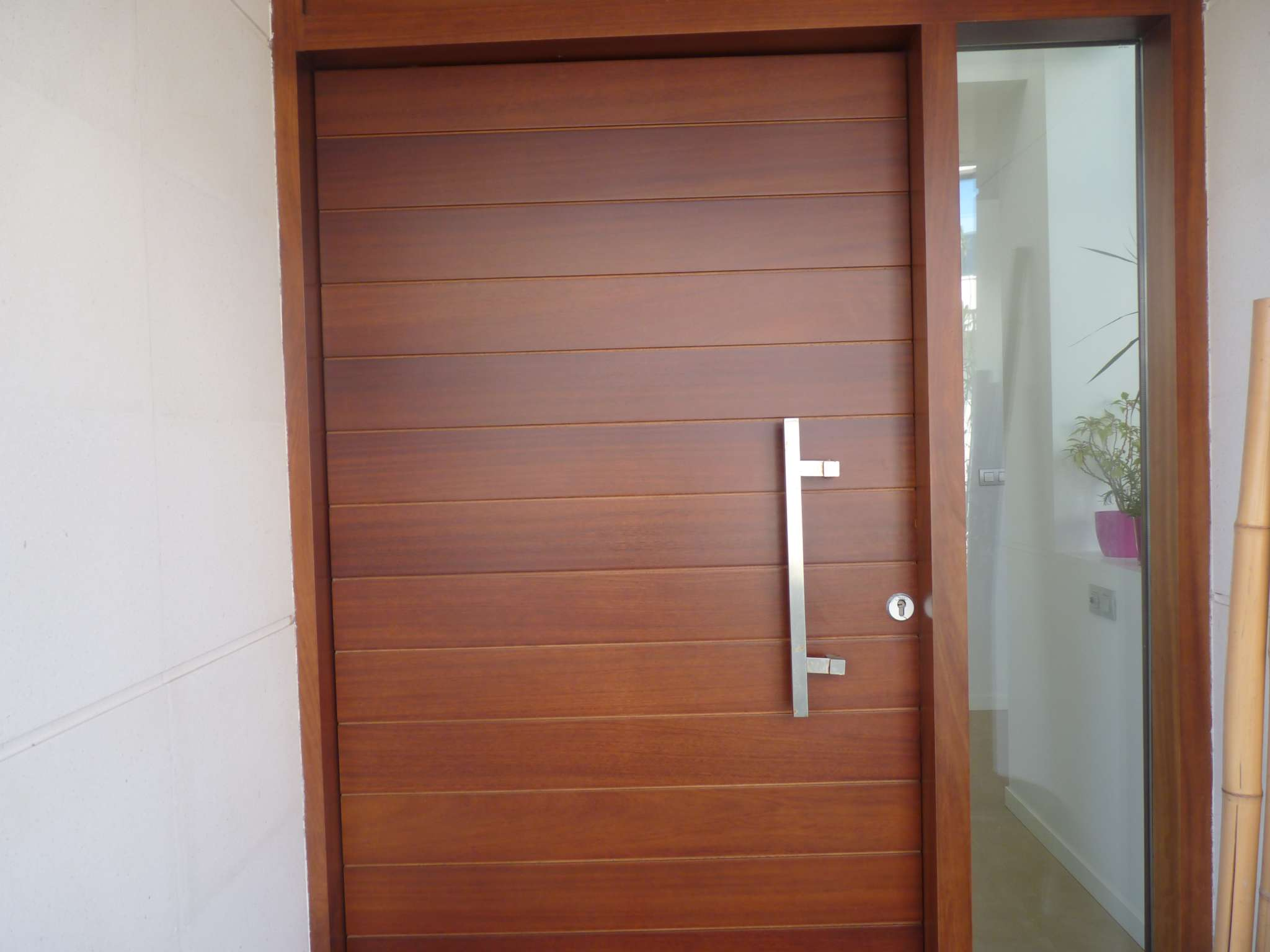 Puertas de madera thisan - Puertas internas de madera ...